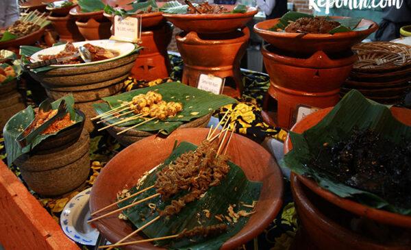 Nasi Jamblang khas Cirebon , kuliner indonesia