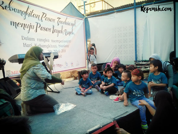 Revitalisasi Pasar Cihapit – Sakola Pasar dan Perpustakaan Alit