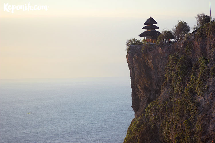 Bali, travel blog, tari kecak, keponih.com